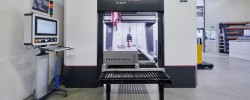 Automatización en la fabricación de los cuadros eléctricos gracias a los centros de mecanizado Perforex de Rittal