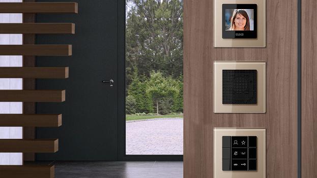 Jung y Siedle suman eficiencia y seguridad integrando sus porfolios de automatización y videoporteros