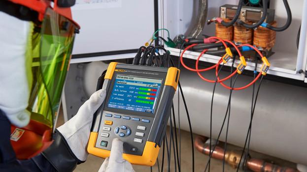 Eficiencia y confiabilidad del motor eléctrico con el analizador Fluke 438-II
