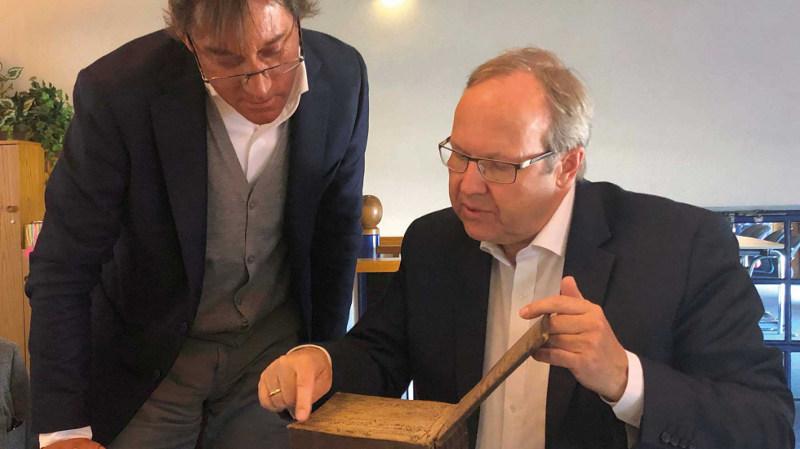 Ehlis visitó las instalaciones de Knipex en Alemania y allí encontró sus orígenes en el mundo de la forja