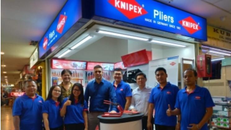 KNIPEX abrió en 2019 la Primera tienda en Indonesia