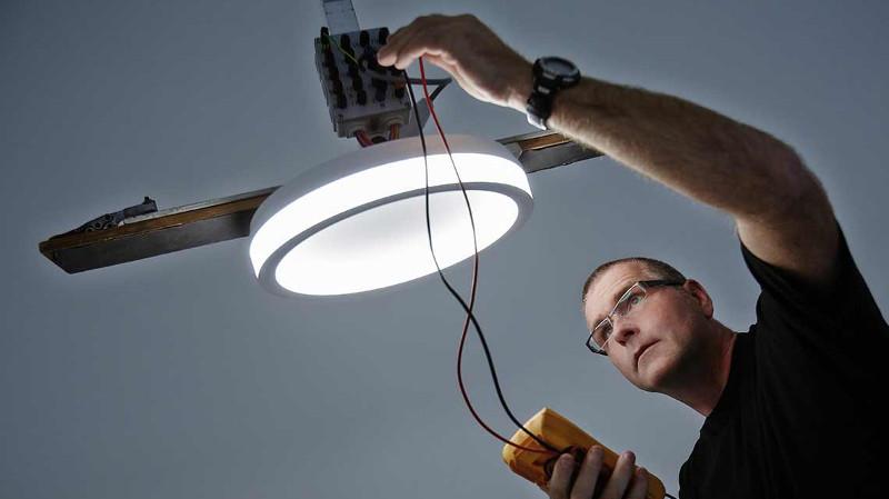 TRILUX realizó un estudio en control de iluminación